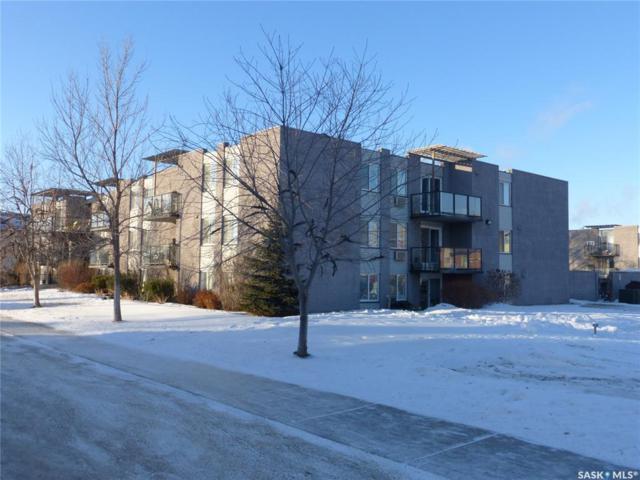 315 East Place #37, Saskatoon, SK S7J 2Y4 (MLS #SK755958) :: The A Team