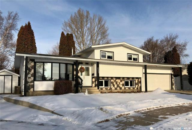 222 Tobin Place, Saskatoon, SK S7K 4N3 (MLS #SK756925) :: The A Team