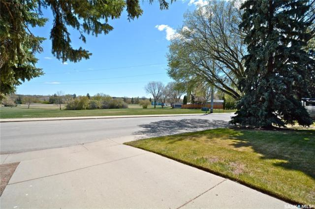 1701 Empire Avenue, Saskatoon, SK S7K 3E9 (MLS #SK772515) :: The A Team