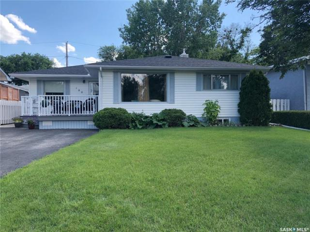 120 Gibbs Street W, Swift Current, SK S9H 2Z7 (MLS #SK777578) :: The A Team