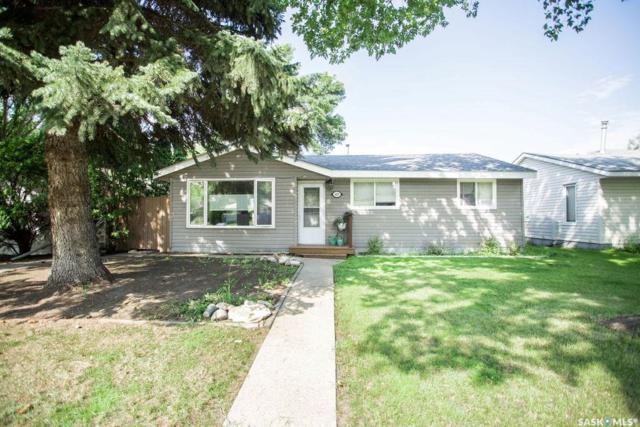 405 Y Avenue N, Saskatoon, SK S7L 3L1 (MLS #SK782430) :: The A Team