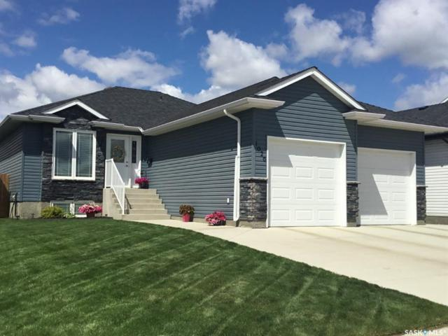 1026 Hargreaves Manor, Saskatoon, SK S7R 0K5 (MLS #SK783229) :: The A Team