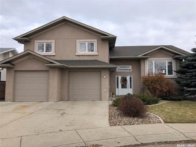 2516 Eagle Rise, North Battleford, SK S9A 3Z1 (MLS #SK790842) :: The A Team