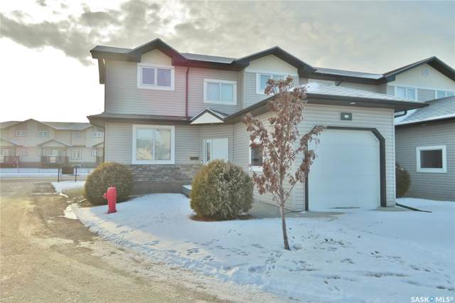 119 Hampton Circle #101, Saskatoon, SK S7R 0C8 (MLS #SK793938) :: The A Team