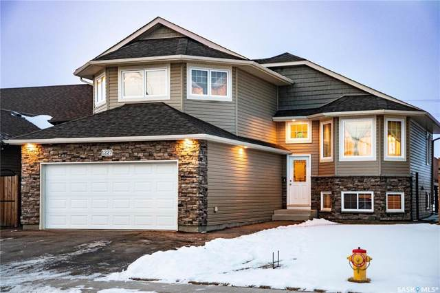 1227 Hargreaves Way, Saskatoon, SK S7R 0G9 (MLS #SK794152) :: The A Team