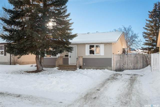 35 Knowles Place, Prince Albert, SK S6V 6A3 (MLS #SK800136) :: The A Team