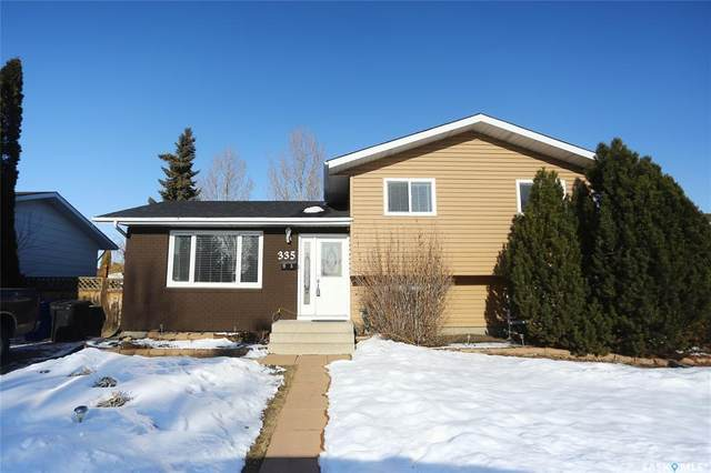 335 Poth Crescent, Saskatoon, SK S7M 4T7 (MLS #SK803043) :: The A Team