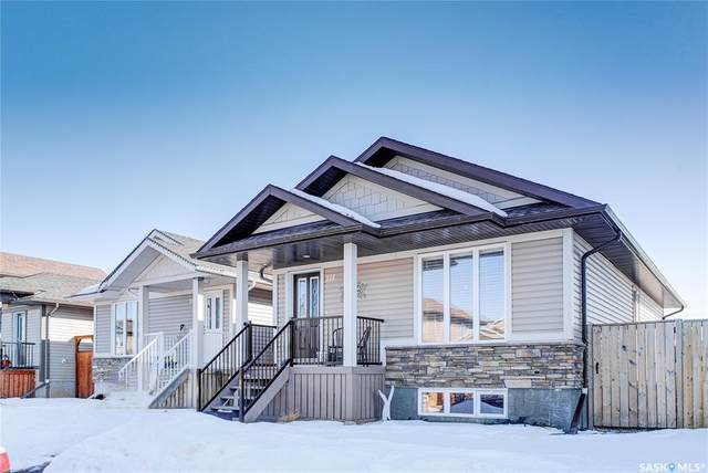 914 Glenview Cove, Martensville, SK S0K 0A2 (MLS #SK803623) :: The A Team
