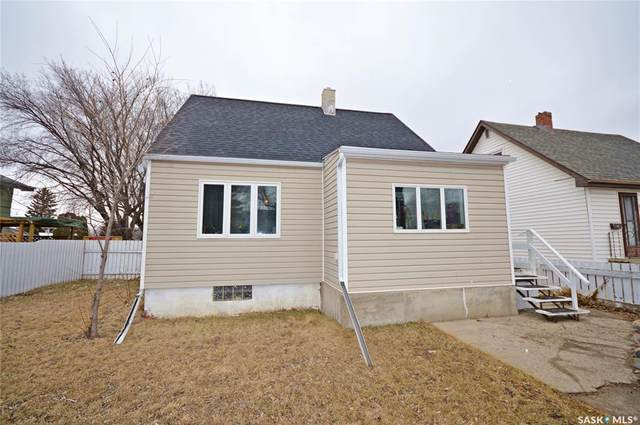 30 Coteau Street W, Moose Jaw, SK S6H 5C3 (MLS #SK803856) :: The A Team