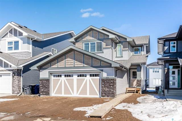 221 Dubois Crescent, Saskatoon, SK S7V 0R3 (MLS #SK803928) :: The A Team