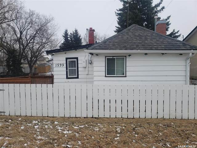 1539 Duffield Street W, Moose Jaw, SK S6H 6P5 (MLS #SK804199) :: The A Team
