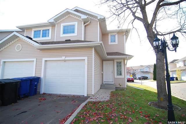 215 Pinehouse Drive #33, Saskatoon, SK S7K 6N9 (MLS #SK804952) :: The A Team