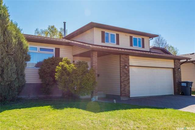 319 Hogg Way, Saskatoon, SK S7N 3V7 (MLS #SK809784) :: The A Team