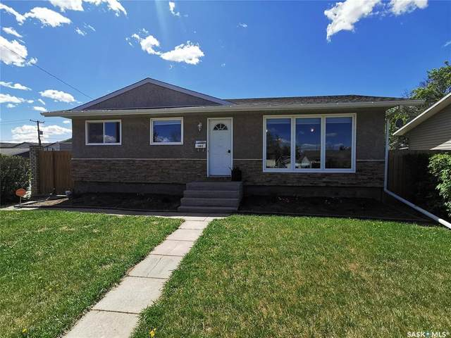 1003 Warner Street, Moose Jaw, SK S6H 5S6 (MLS #SK810921) :: The A Team