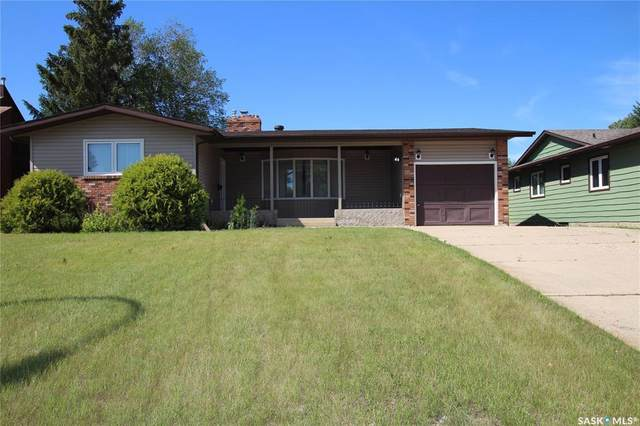 46 Sunset Drive N, Yorkton, SK S3N 3K9 (MLS #SK815232) :: The A Team