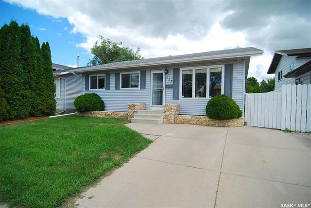 622 Whelan Lane, Saskatoon, SK S7L 7E6 (MLS #SK815707) :: The A Team