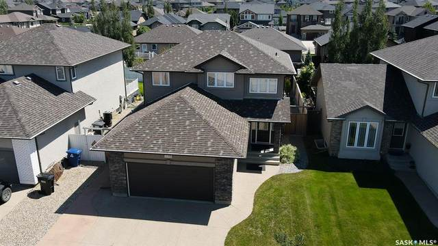 238 Robertson Cove, Saskatoon, SK S7T 0E3 (MLS #SK816838) :: The A Team