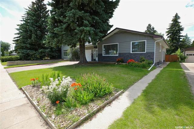 2618 Cairns Avenue, Saskatoon, SK S7J 1V7 (MLS #SK816991) :: The A Team
