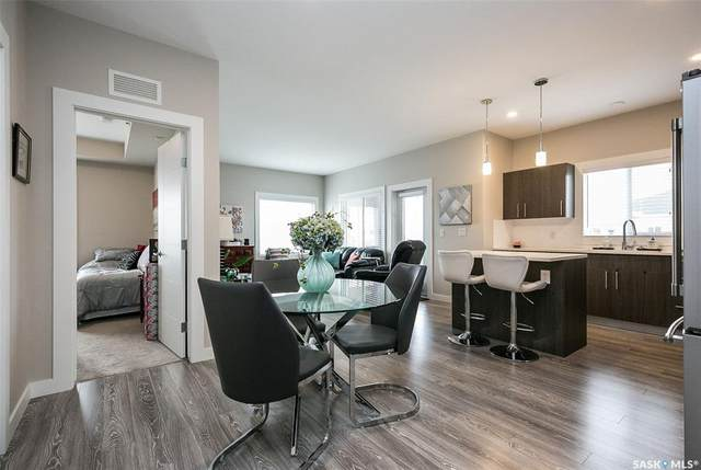 142 Pawlychenko Lane #302, Saskatoon, SK S7V 0N7 (MLS #SK817036) :: The A Team