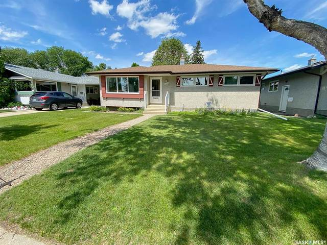 529 East Place, Saskatoon, SK S7J 2Y9 (MLS #SK817156) :: The A Team
