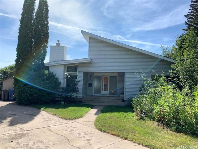 9024 Gregory Drive, North Battleford, SK S9A 2W7 (MLS #SK821267) :: The A Team