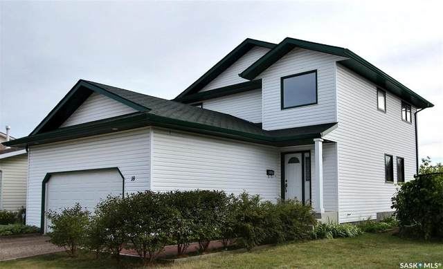 18 Turner Place, Prince Albert, SK S6X 1C1 (MLS #SK826349) :: The A Team