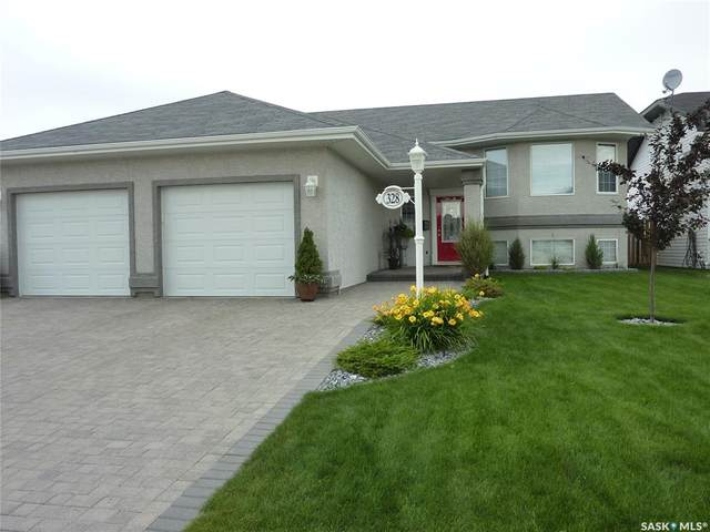 328 Brooklyn Crescent, Warman, SK S0K 0A1 (MLS #SK826888) :: The A Team