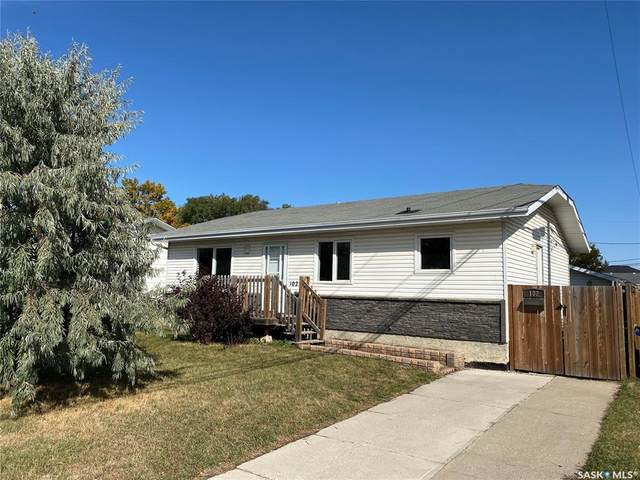 102 7th Avenue N, Warman, SK S0K 4S0 (MLS #SK827605) :: The A Team