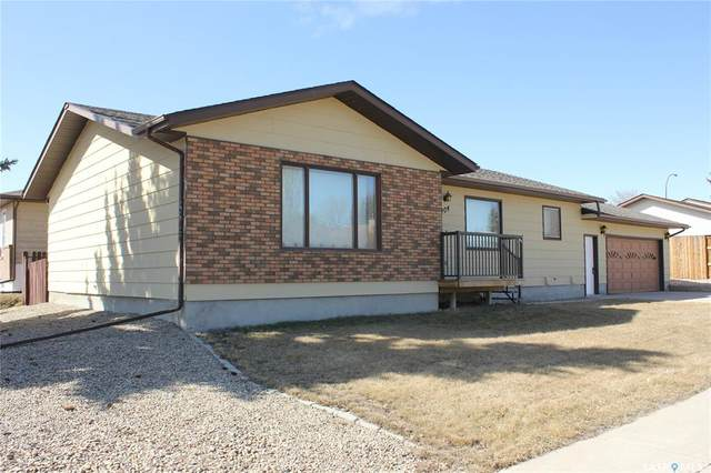 404 Cowan Drive, Swift Current, SK S9H 4S3 (MLS #SK830494) :: The A Team