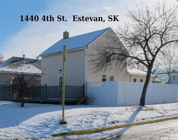 1440 4th Street, Estevan, SK S4A 0X4 (MLS #SK831485) :: The A Team