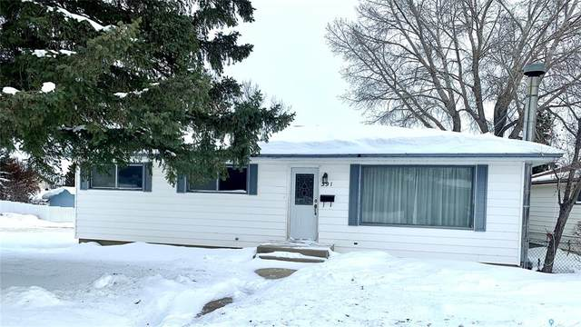 391 Allen Drive, Swift Current, SK S9H 3A4 (MLS #SK833877) :: The A Team