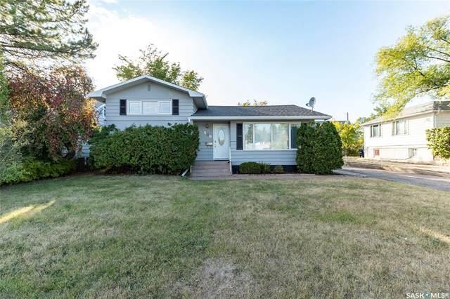 406 Leslie Avenue, Saskatoon, SK S7H 2Z1 (MLS #SK834715) :: The A Team