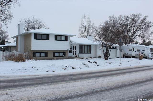 520 Dalgliesh Drive, Regina, SK S4R 6M8 (MLS #SK837686) :: The A Team