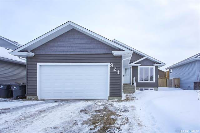 924 4th Street S, Martensville, SK S0K 0A2 (MLS #SK839278) :: The A Team
