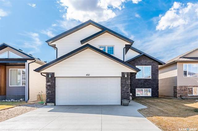 432 Evergreen Boulevard, Saskatoon, SK S7W 0L9 (MLS #SK839641) :: The A Team