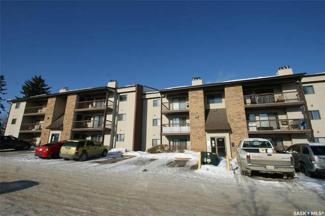 345 Kingsmere Boulevard #104, Saskatoon, SK S7J 4J6 (MLS #SK840817) :: The A Team