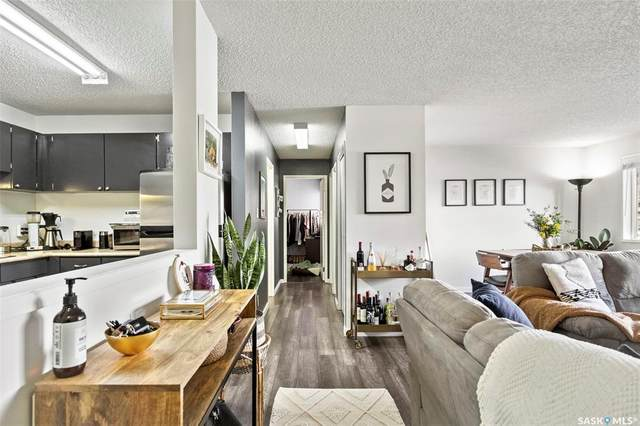 305 Kingsmere Boulevard #103, Saskatoon, SK S7J 4J6 (MLS #SK842031) :: The A Team