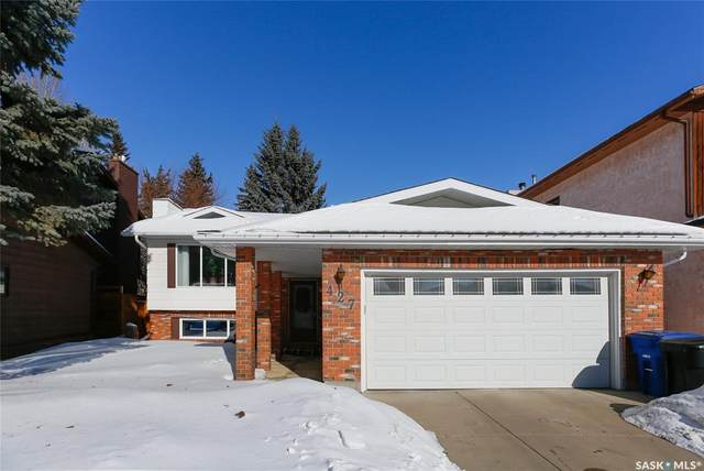 427 Crean Lane, Saskatoon, SK S7J 3X3 (MLS #SK842074) :: The A Team