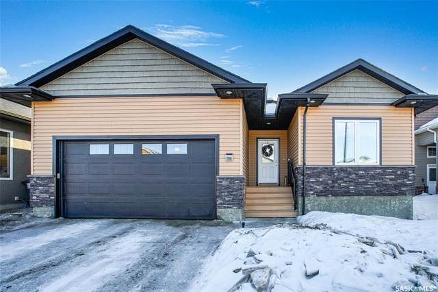 119 West Hampton Boulevard, Saskatoon, SK S7R 0B7 (MLS #SK842271) :: The A Team