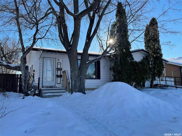 843 7th Street E, Prince Albert, SK S6V 6T3 (MLS #SK842436) :: The A Team