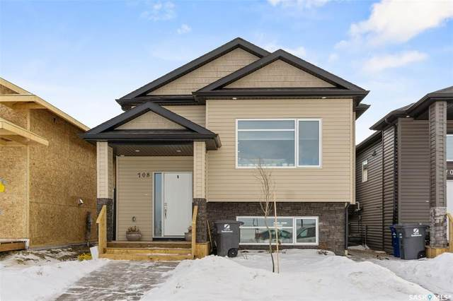 708 Feheregyhazi Boulevard, Saskatoon, SK S0K 2T0 (MLS #SK842867) :: The A Team