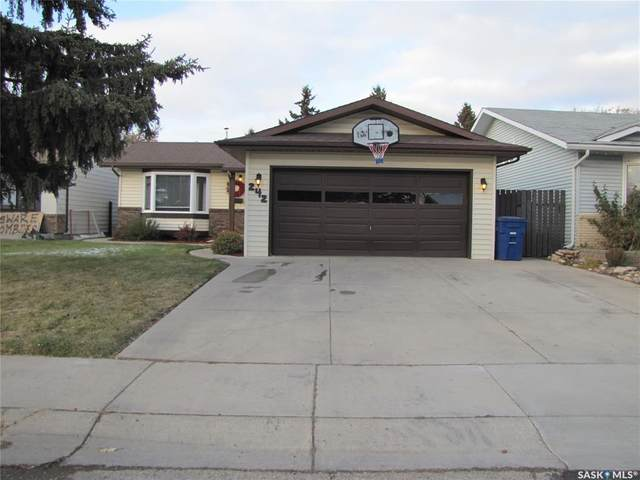 242 Sherry Crescent, Saskatoon, SK S7M 5R5 (MLS #SK842965) :: The A Team