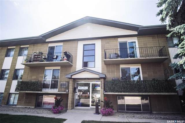 111 St Lawrence Crescent #15, Saskatoon, SK S7K 1G7 (MLS #SK844818) :: The A Team