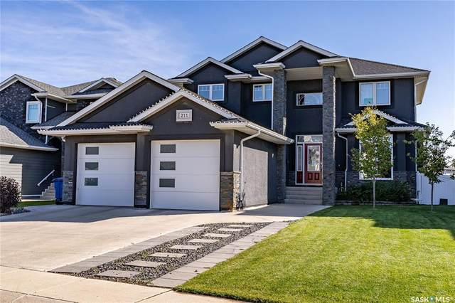 211 Mahabir Court, Saskatoon, SK S7W 0J6 (MLS #SK846596) :: The A Team