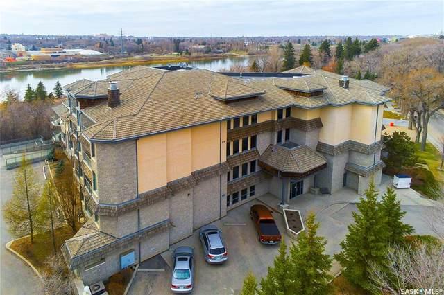 615 Saskatchewan Crescent W #404, Saskatoon, SK S7M 0A5 (MLS #SK852541) :: The A Team