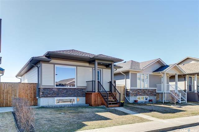 918 Glenview Cove, Martensville, SK S0K 0A2 (MLS #SK857354) :: The A Team