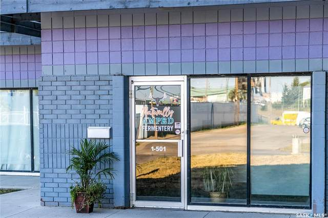 501 Pakwa Place #2, Saskatoon, SK S7L 6A3 (MLS #SK865563) :: The A Team