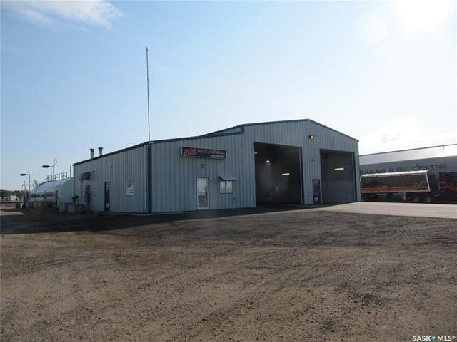 10002 Thatcher Avenue, North Battleford, SK S9A 2Y6 (MLS #SK867650) :: The A Team