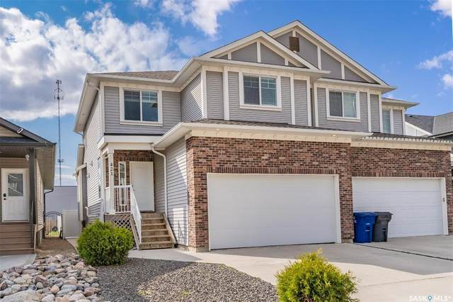 421 Langer Place, Warman, SK S0K 4S0 (MLS #SK869821) :: The A Team