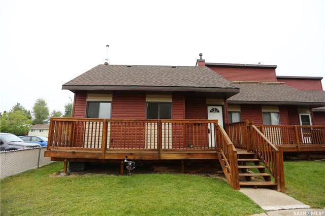 331 Pendygrasse Road #32, Saskatoon, SK S7M 4R3 (MLS #SK745684) :: The A Team